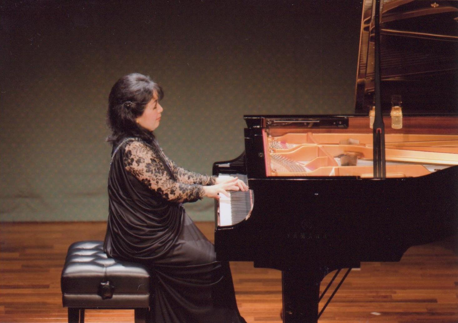 4 octobre 2011 – Akiko EBI