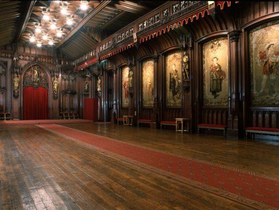 salle_gothique_L1024